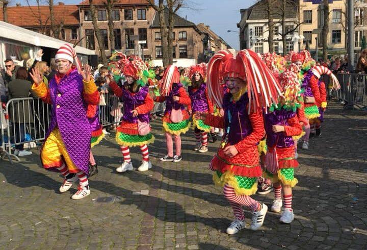 62 mooie carnavals kostuums fantasie - Afbeelding1