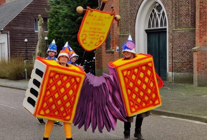 Carnavalspakken straatmuzikanten 2020 CVZ (4)
